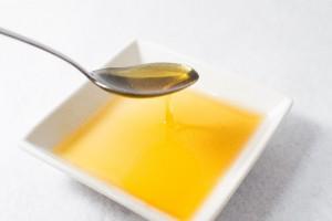 賞味期限切れの油は使える?使い道や処理はどうすればいいの?