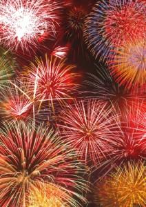 音楽に合わせた花火を楽しんで観ることができるほか、ほかの花火大会ではめったに観ることができないナイアガラを観れるということもあって人気な花火大会となっています。